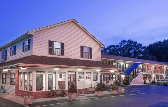 Buitenaanzicht KNIGHTS INN NORTH ATTLEBORO