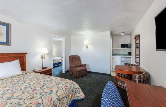 Suite KNIGHTS INN NORTH ATTLEBORO