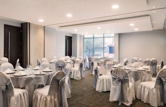 Conference room Wyndham Garden Barranquilla