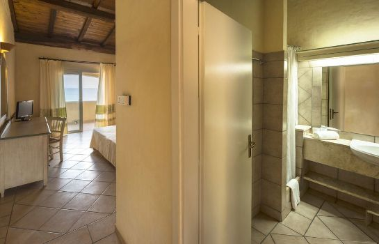 Single room (superior) Valtur Colonna Beach