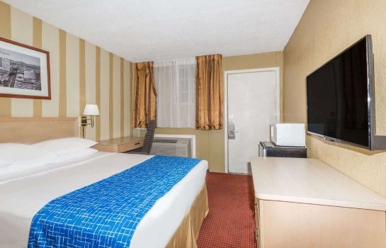 Zimmer Travelodge Phoenix Downtown