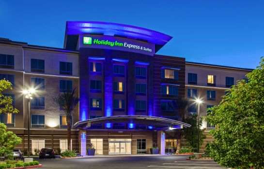 Exterior view Holiday Inn Express & Suites ANAHEIM RESORT AREA