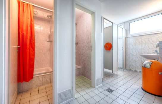 Bathroom Enjoy Hostel Berlin City West