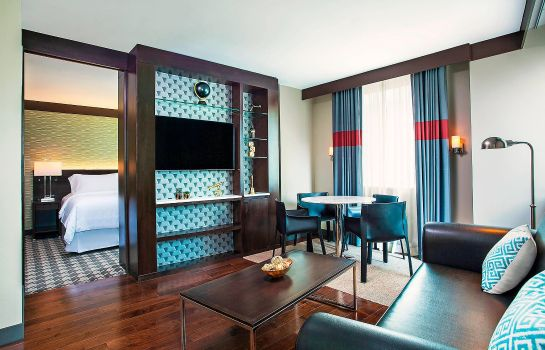 Suite Four Points by Sheraton New York Downtown