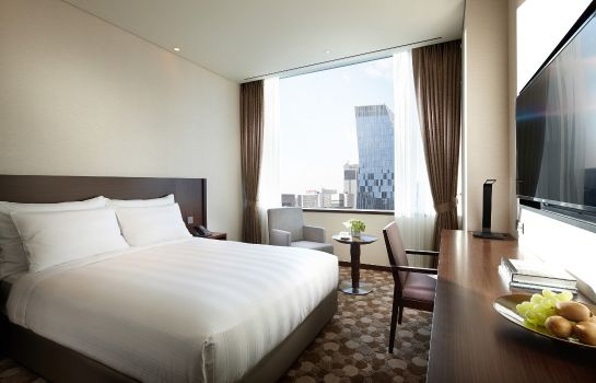 Double room (standard) Lotte City Hotel Myeongdong