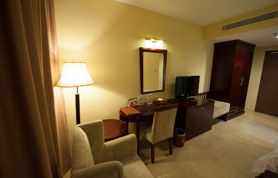Single room (superior) Gaya Centre Hotel