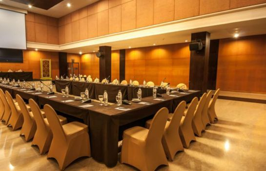 Meeting room Grand Clarion Hotel & Convention Makassar