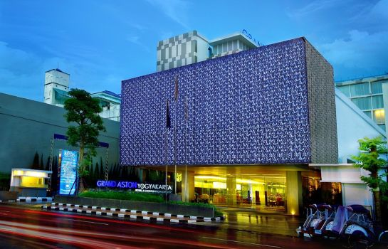 Buitenaanzicht Grand Aston Yogyakarta & Convention Centre