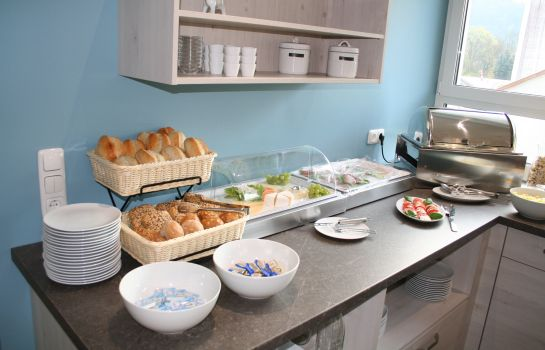 Breakfast buffet Lahn Hotel