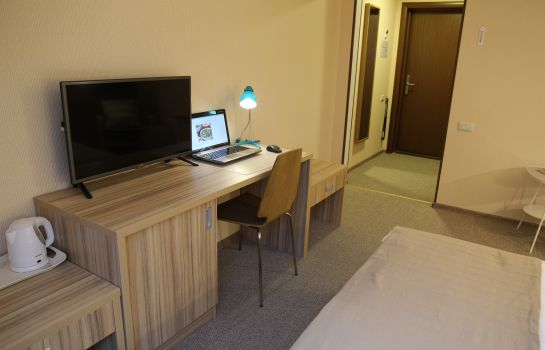 Chambre individuelle (confort) Address  Hotel