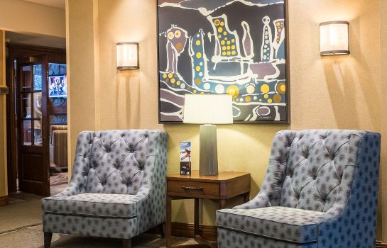 Vestíbulo del hotel Holiday Inn Express & Suites TREMBLANT