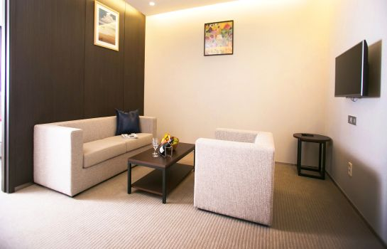 Suite Ramada Incheon Hotel