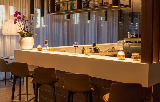 Hotel bar Hampton by Hilton Amsterdam Centre East