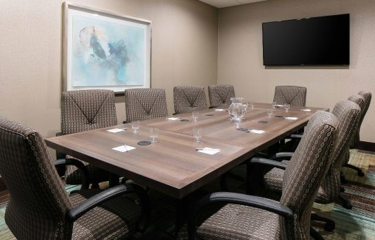 Conference room Hampton Inn - Suites-Hudson WI
