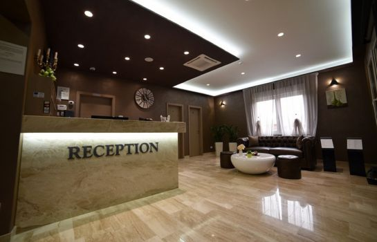 Recepcja Royal Airport Hotel