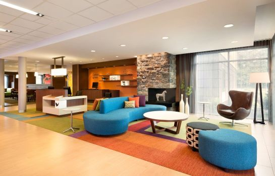 Hall de l'hôtel Fairfield Inn & Suites Lancaster East at The Outlets