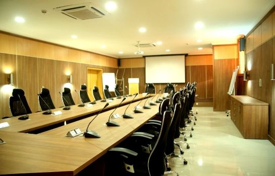 Conference room BEST WESTERN PLUS ELOMAZ HOTEL