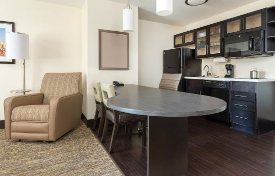 Zimmer Candlewood Suites ENID