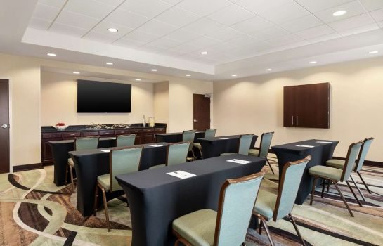 Sala konferencyjna Hampton Inn - Suites Mount Joy-Lancaster West PA