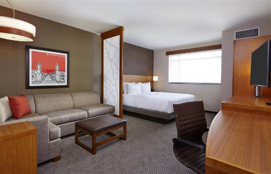 Suite Hyatt Place Bloomington Indiana
