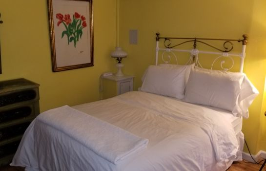 Junior Suite Incentra Village Guest House