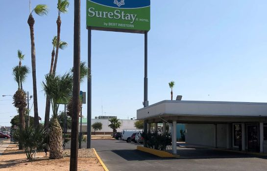 Exterior view SureStay Hotel by Best Western Laredo