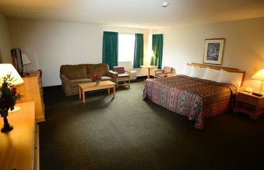 Chambre AMERIWAY INN AND SUITES