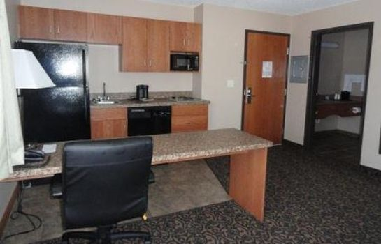 Suite CANBY INN AND SUITES