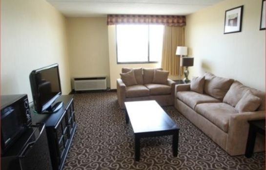 Suite STRATFORD HOTEL AND CONFERENCE CENTER