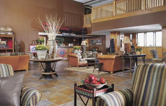 Hall The Wildwood Lodge Pewaukee