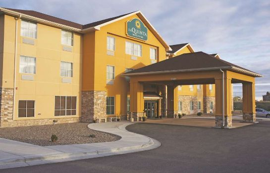 Buitenaanzicht La Quinta Inn and Suites Glendive