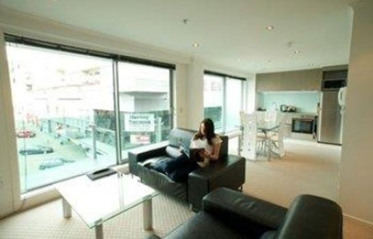 Suite Distinction Wellington Century City