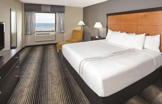 Suite La Quinta Inn & Suites by Wyndham Chicago - Lake Shore