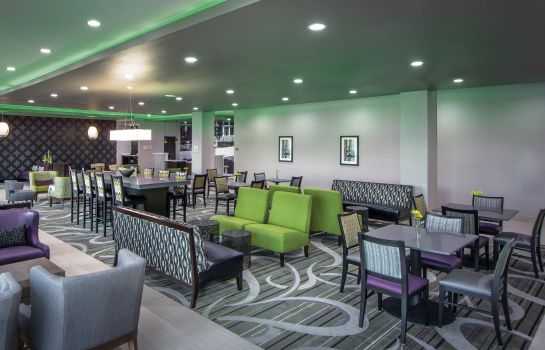 Hotelhal La Quinta Inn Ste College Station South