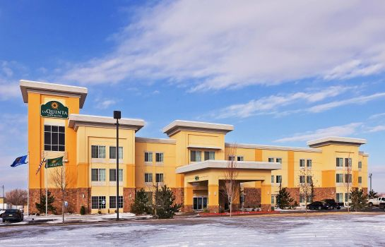 Exterior view La Quinta Inn Suites Elk City