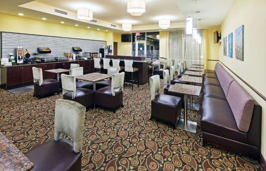 Restaurante La Quinta Inn Suites Elk City