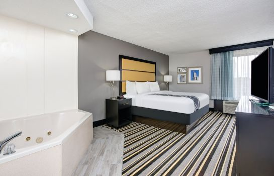 Suite La Quinta Inn and Suites Jackson North