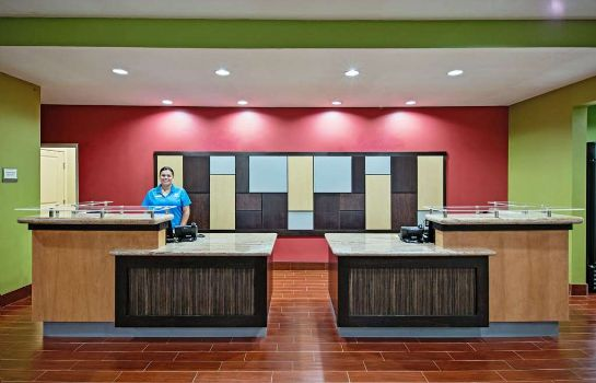 Hall La Quinta Inn and Suites Leesville Ft. Polk
