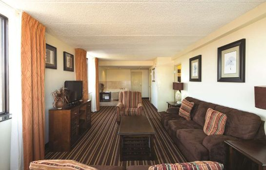 Suite La Quinta Inn and Suites Salisbury