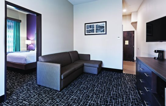 Suite La Quinta Inn and Suites Claremore