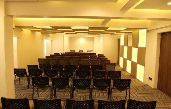 Conference room HOTEL SHARANAM BY VISTA