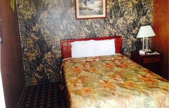 Room BIG 12 MOTEL BROKEN BOW