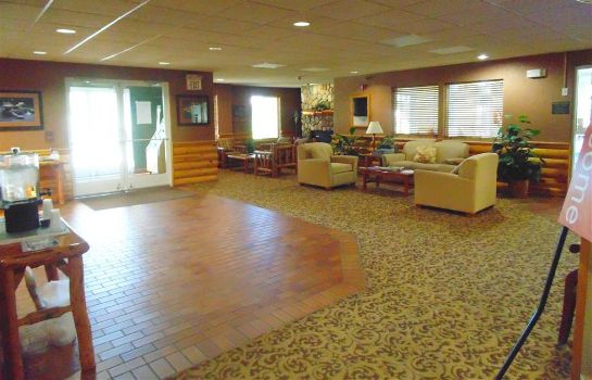 Hall AMERICAN INN AND SUITES