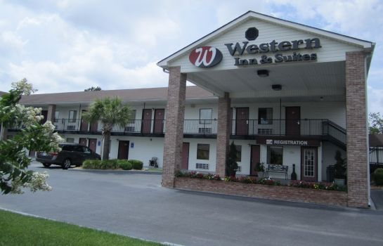 Buitenaanzicht WESTERN INN AND SUITES DOUGLAS