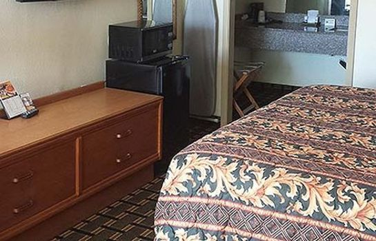 Chambre DISCOVERY INN AND SUITES