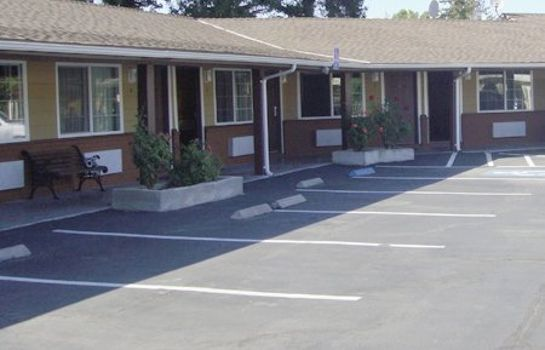 Exterior view MUIR LODGE MOTEL MARTINEZ