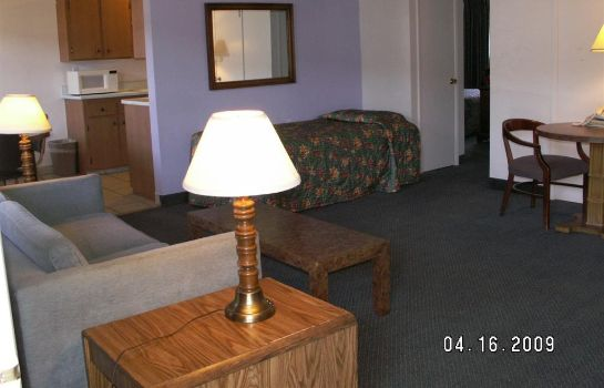 Suite ANCHORAGE INN LAKEPORT