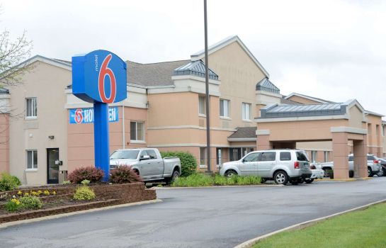 Exterior view MOTEL 6 ANDERSON NORTH IN