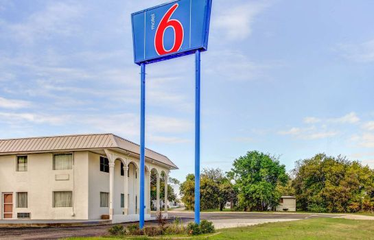 Vista exterior MOTEL 6 WACO LACEY LAKEVIEW