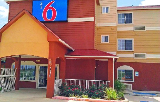Exterior view MOTEL 6 PORT ARTHUR TX